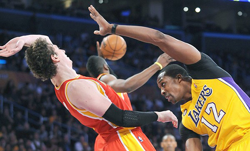 A possible Dwight Howard signing with the Houston Rockets could push out Omer Asik.
