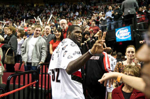 greg-oden-peace