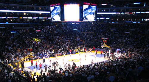 staples-center-crowd
