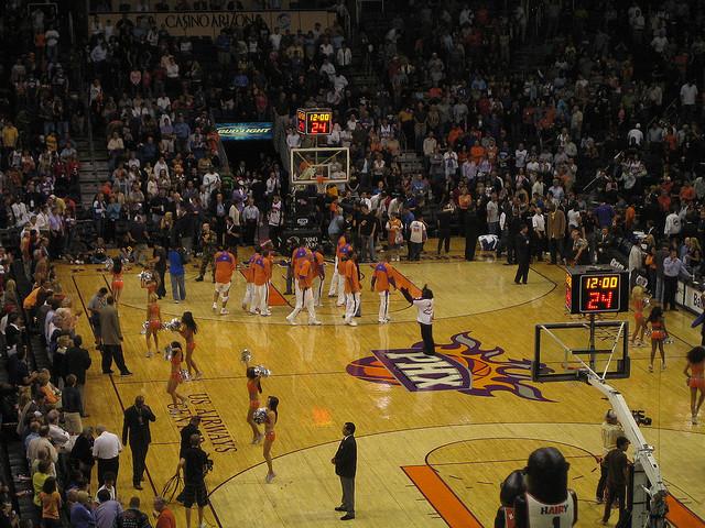 Suns-Court