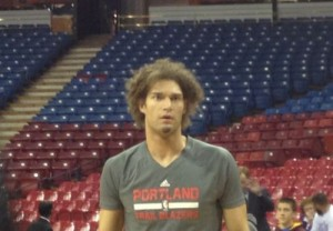 Photo by Steven Covella | Baller Mind Frame. Robin Lopez during pregame warmups before the Portland Trail Blazers took on the Sacramento Kings.