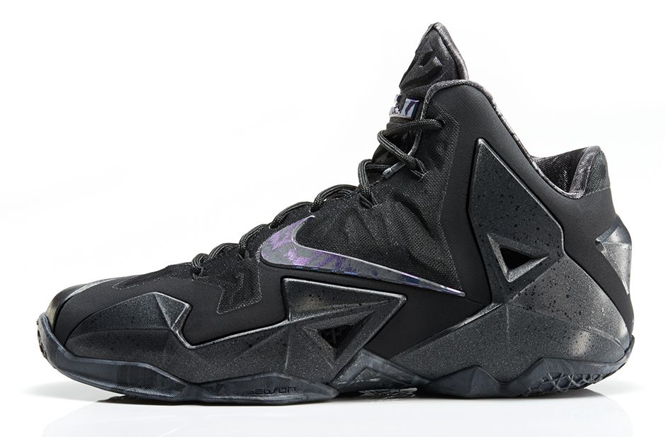 size 40 259ec 47f0a All Black Everything  Nike LeBron 11  Anthracite