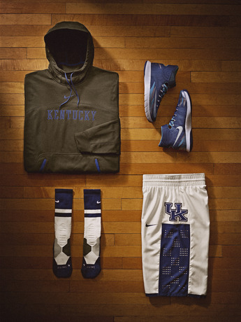 Nike_NCAA_March_Madness_KENTUCKY_Kit_28202
