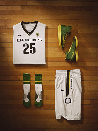 Nike_NCAA_March_Madness_OREGON_Kit_28207