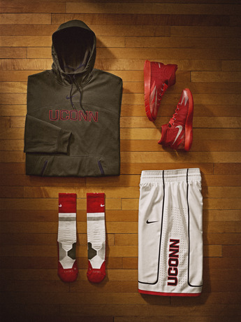 Nike_NCAA_March_Madness_UCONN_Kit_28210
