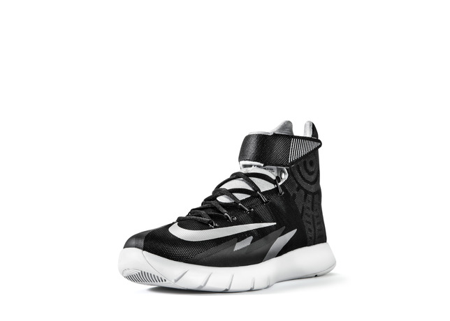 Sp14_BB_HyperRev_630913_003_Blk_Met_Sil_3qtr_lat_toe_27836