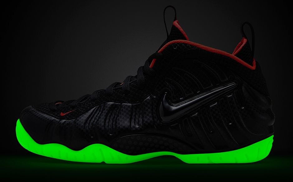info for 935c1 14be2 Glow In The Dark  Nike Air Foamposite Pro Premium