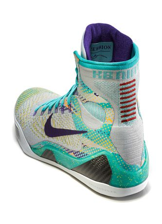 Kobe_9_Unleashed_005_3qtr_back_high_0245_FB_28262