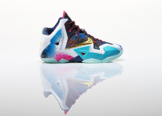 Lebron_XI_What_The_Right_profile_28530
