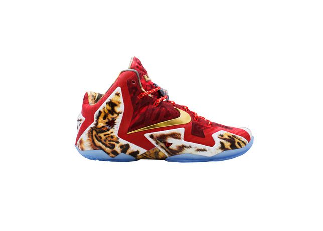 check out c434a 7b9e3 Video Game James: Nike LeBron 11 2K14 - Hardwood and Hollywood