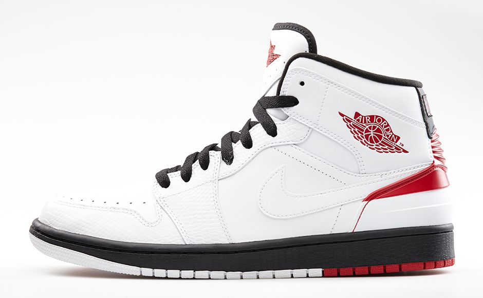 Release Day  Air Jordan 1 Retro  86  White Gym Red-Black  - Hardwood and  Hollywood c137285f7
