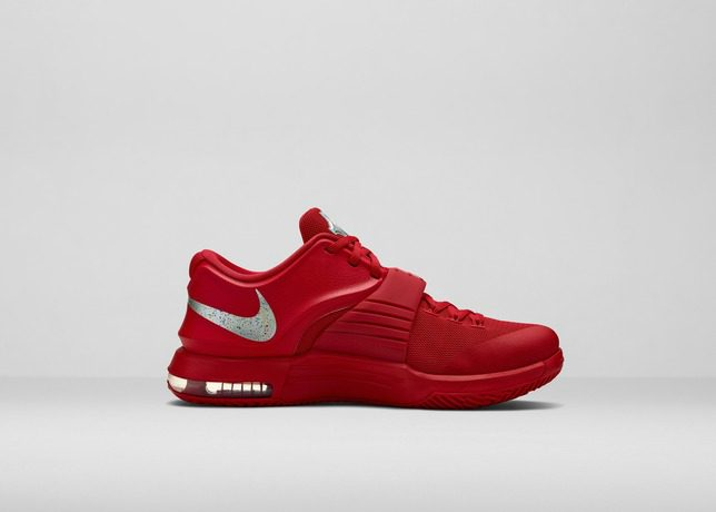 FA14_Bball_B1-KD7_Red-Medial_Hero_31571