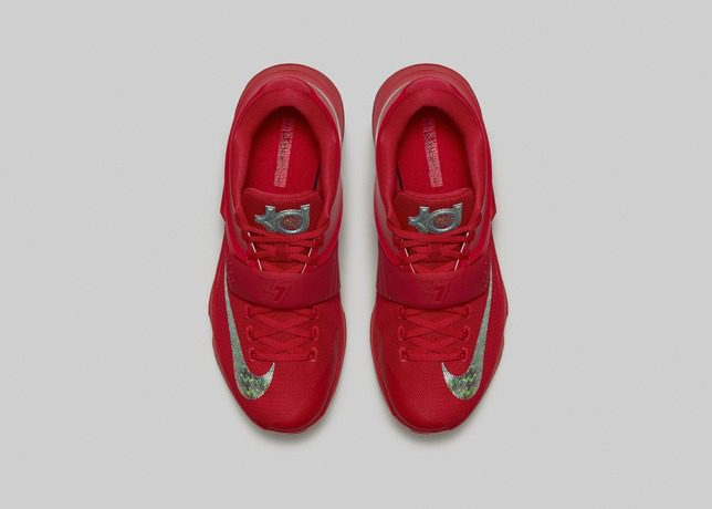 FA14_Bball_B1-KD7_Red-Top_Down_Pair_Hero_31569