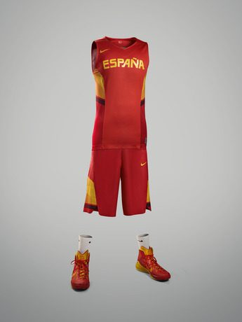 SW14101_NIKE_Spain_Basketball_101Home_Kit_RP_31711