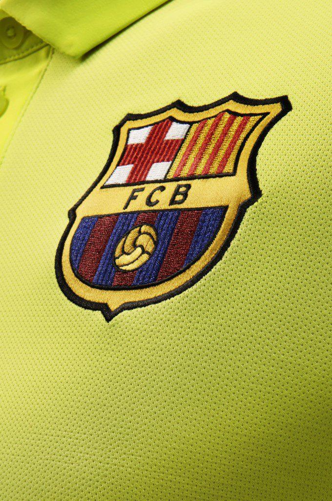 HO14_FB_Flash_Flood_Barcelona_Crest_33075