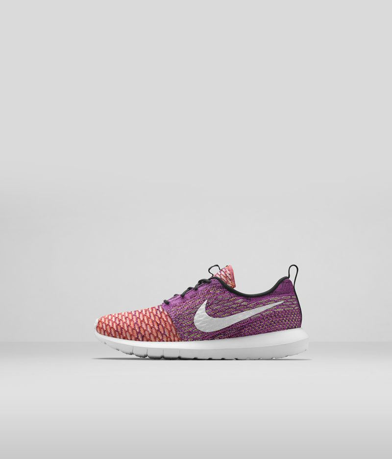 677243_100_Flyknit_Roshe_Run_Left_AY_33505