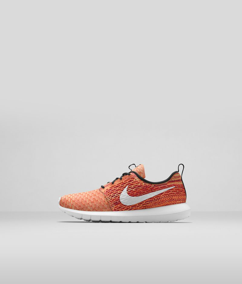 677243_100_Flyknit_Roshe_Run_Left_DX_33506