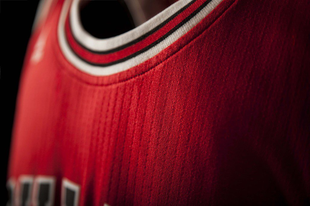 FW14_NBA_Jerseys_Bulls_Detail2