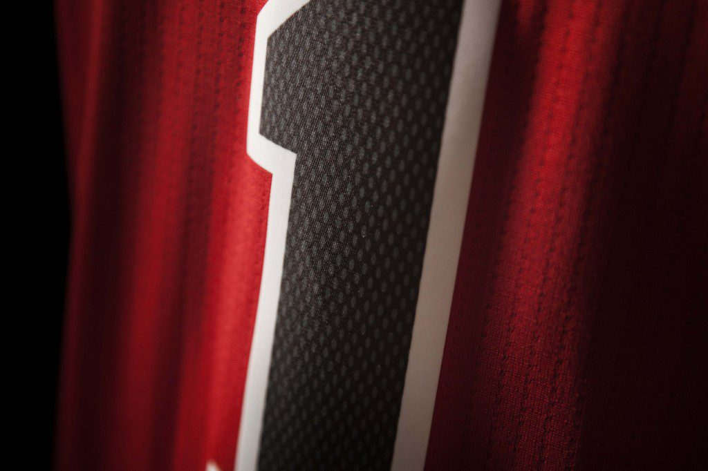 FW14_NBA_Jerseys_Bulls_Detail3