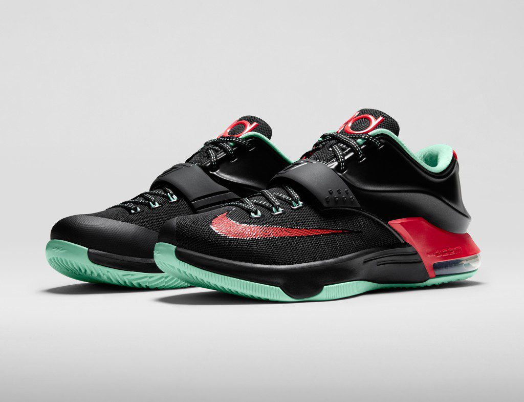 KD7_Good_Apples_653996_063_3qtr_pair_FB_33552