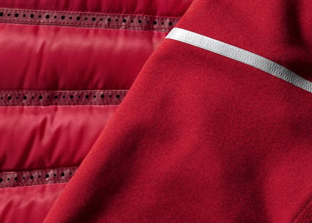 Nike_Aeroloft_Mens_Detail3_33596