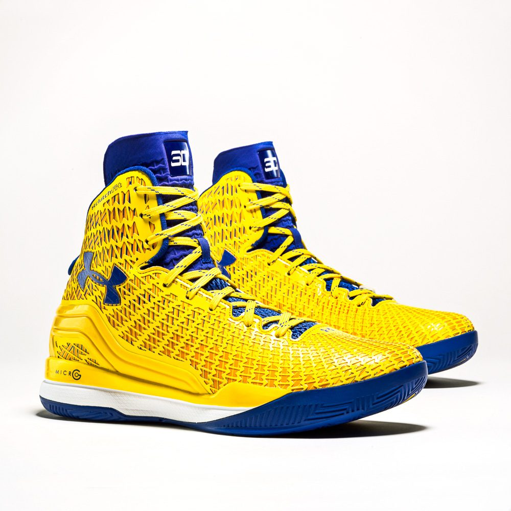 ad8f454b8dde ... coupon for under armour debuts stephen curry clutchfit drive 31fcc c868d