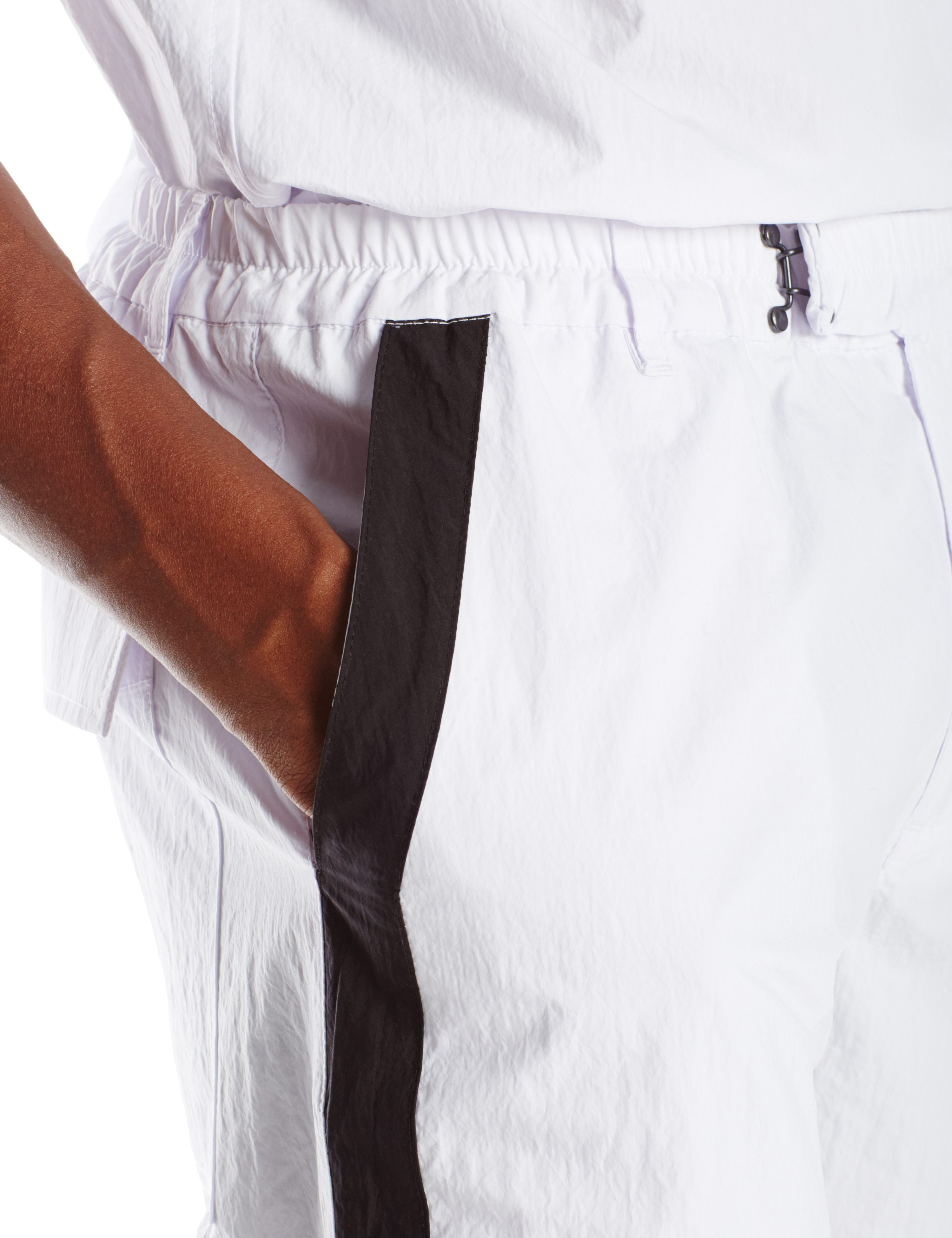 DETAIL01-EPSILON SHORT WHITE BLACK TRIM.0127
