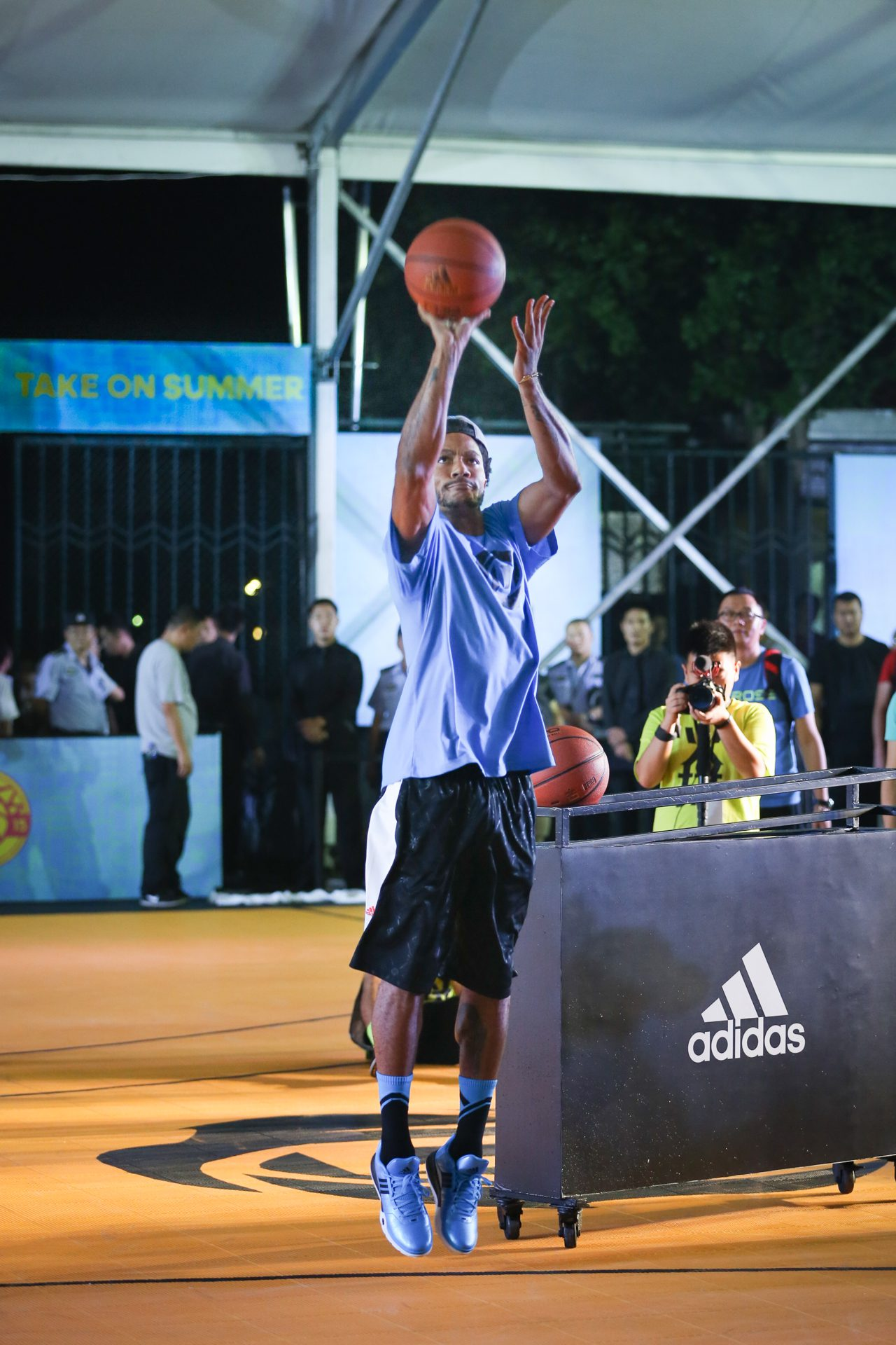 adidas Derrick Rose íºTake on Summerí¿ in Shanghai, 4