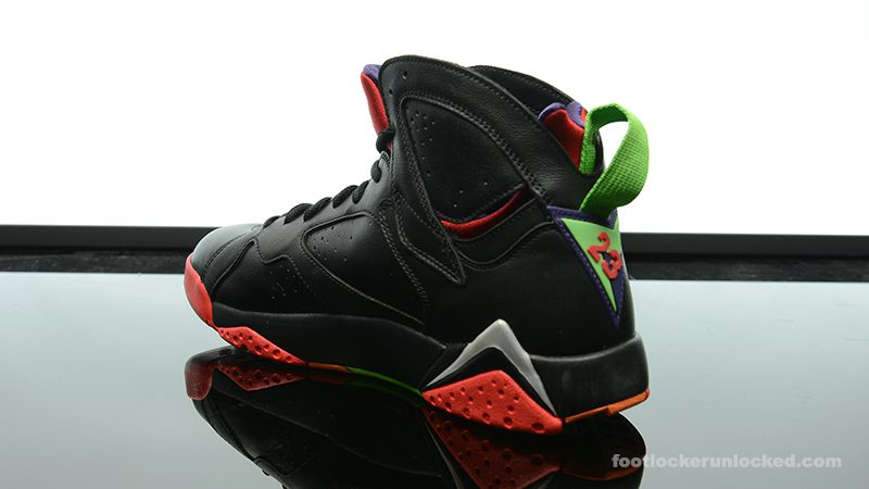 Foot-Locker-Air-Jordan-7-Retro-Marvin-The-Martian-5