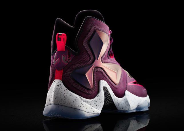 15-480_Nike_LeBron_13_0168-03_47199