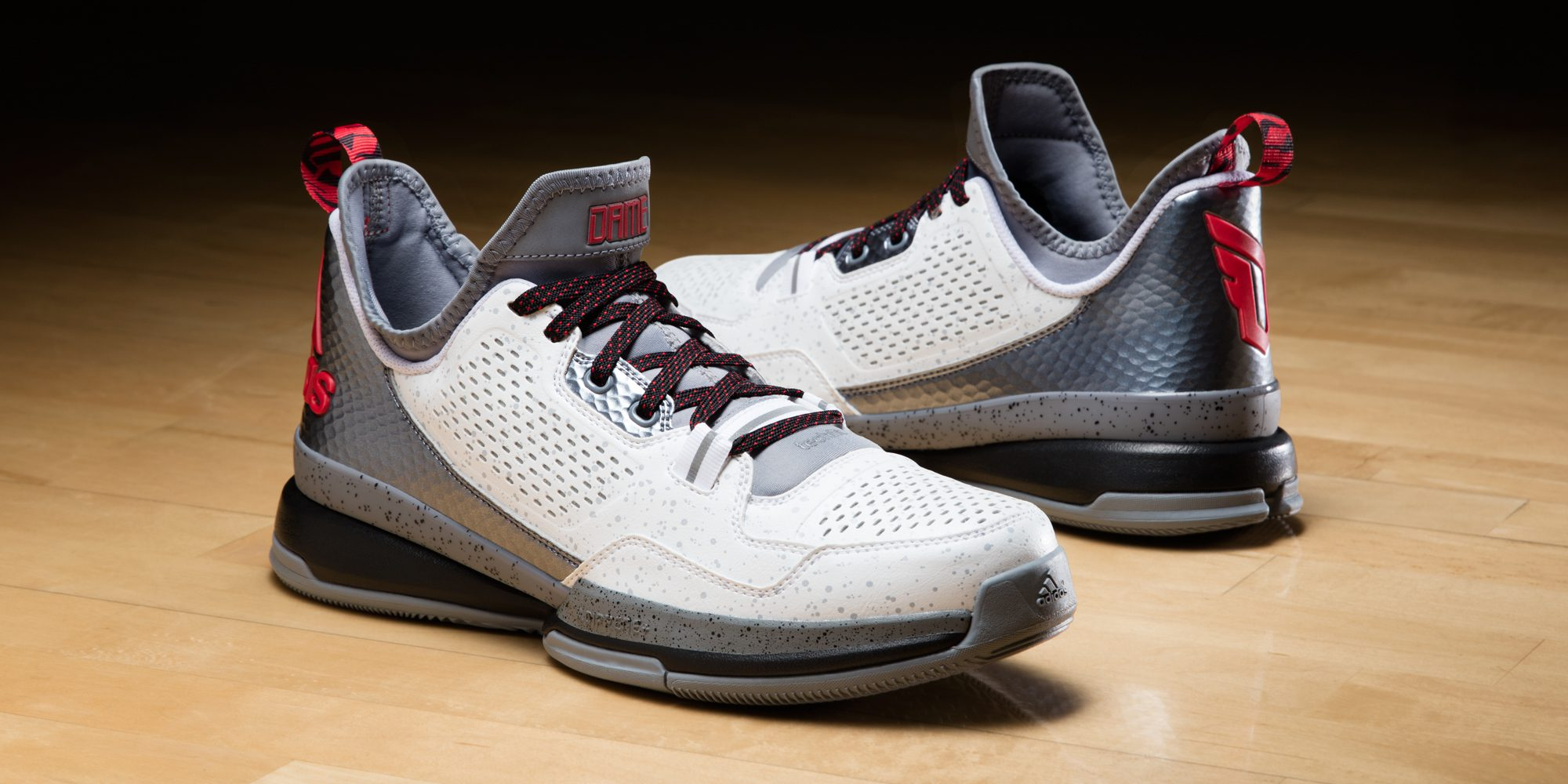 D Lillard 1 Home Horizontal (S85475)
