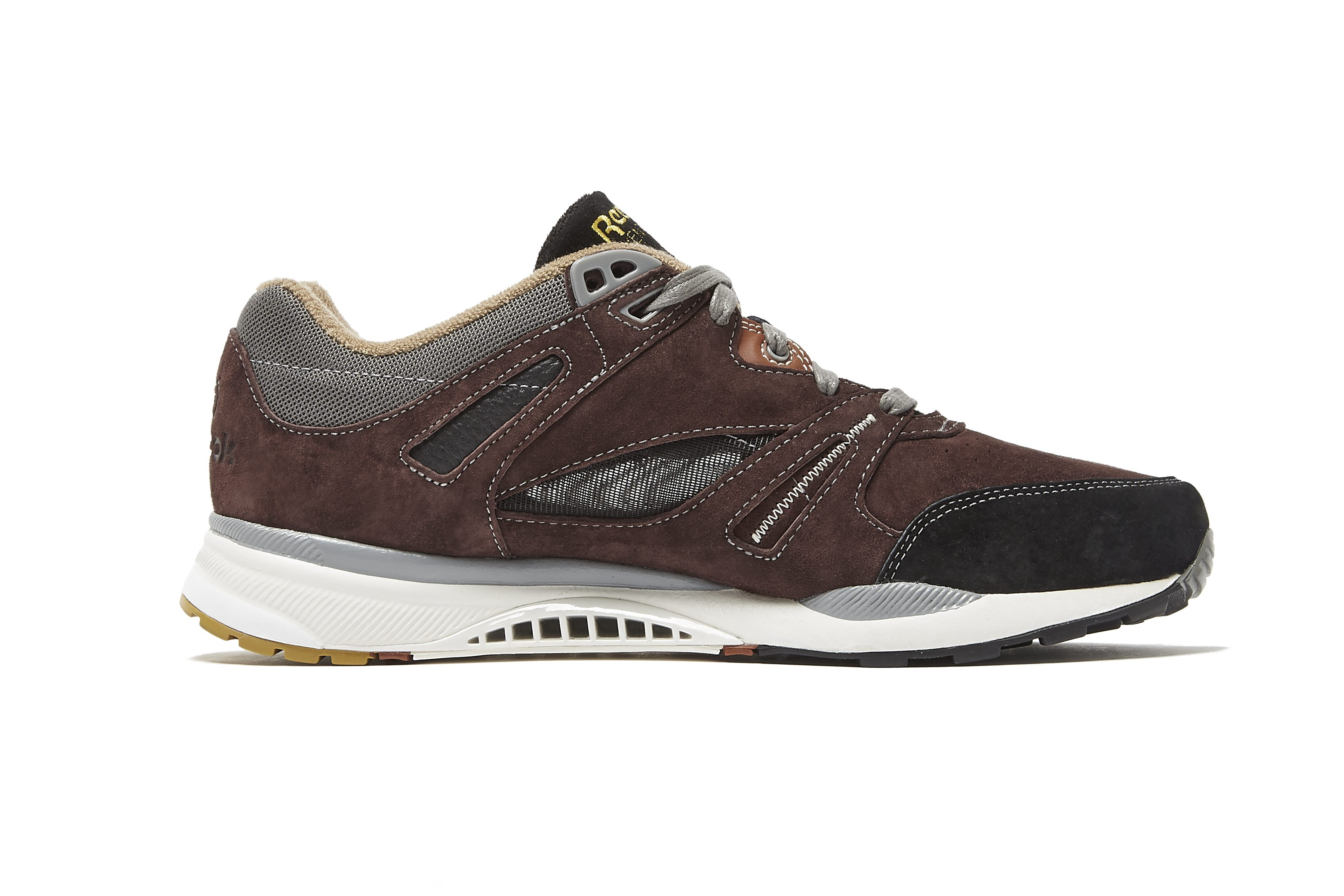 96d5bef2b8f9e Reebok Classic x Garbstore Running Pack gives British accent to ...