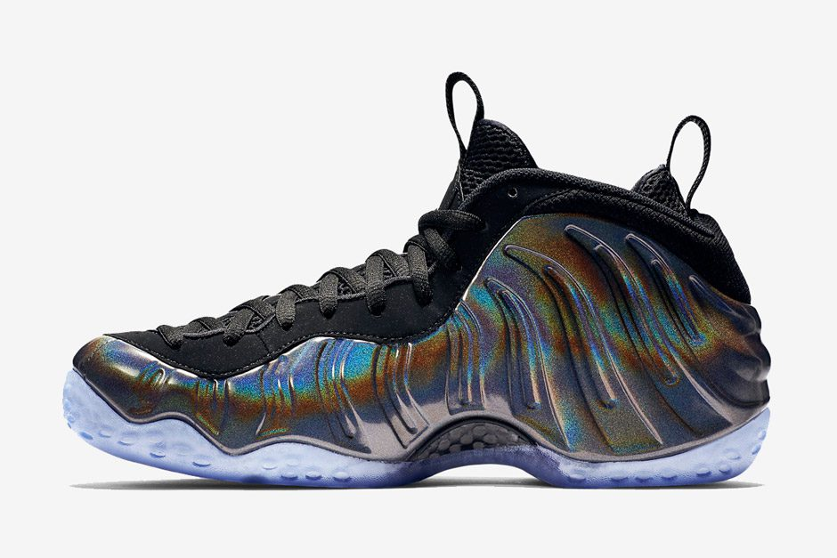 nike-air-foamposite-one-hologram-release-date-03