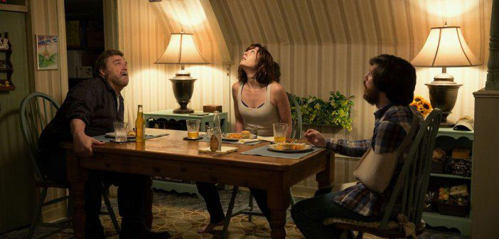 10-Cloverfield-Lane-702x336