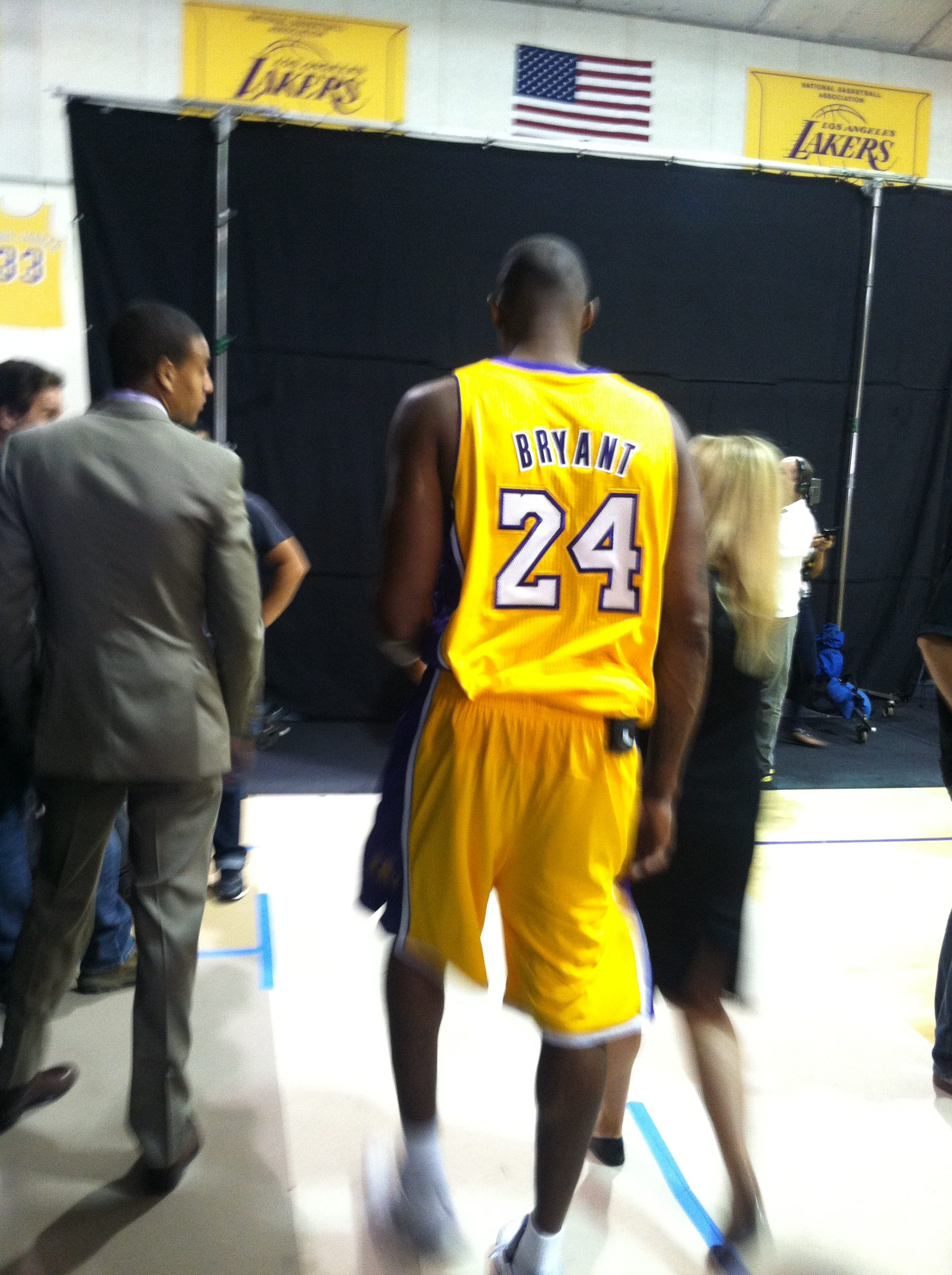 Image courtesy of Terra Kohut, who took this picture at NBA Media Day a couple of seasons ago.