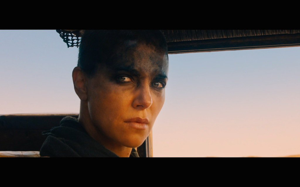 292796-mad-max-fury-road-comic-con-trailer-screenshot-imperator-furiosa-3